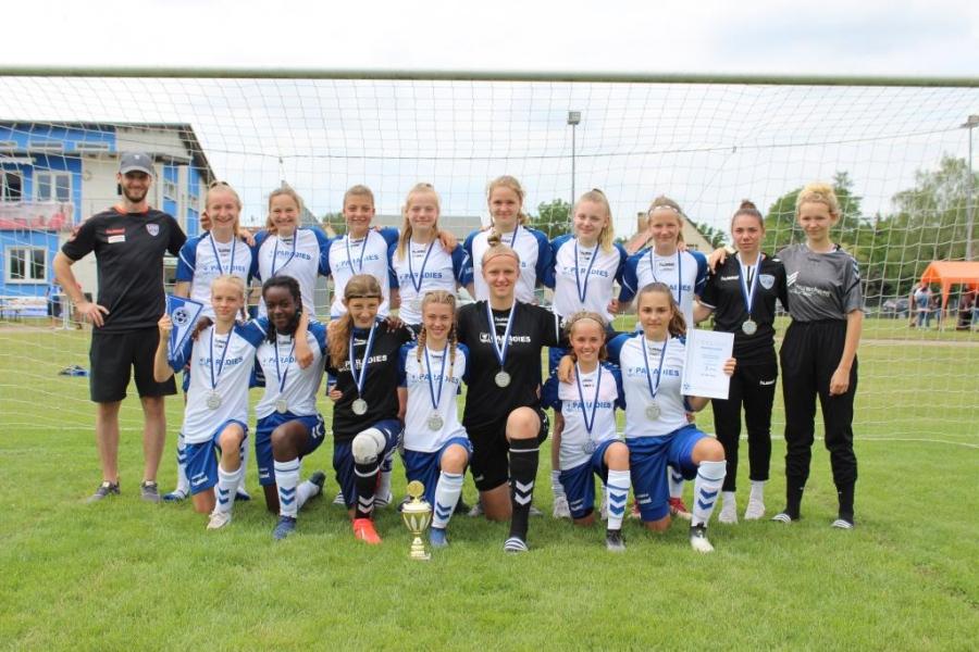 PRIMA Mädels die jungen U14 Ladies sichern sich den zweiten Platz bei der U15-Meisterschaft des NOFV